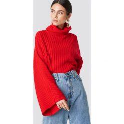 Glamorous Sweter z szerokim rękawem - Red. Różowe golfy damskie marki Glamorous, z nadrukiem, z asymetrycznym kołnierzem, asymetryczne. Za 121,95 zł.