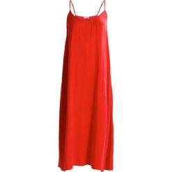 Sukienki hiszpanki: American Vintage SLIP DRESS Sukienka letnia carmin
