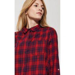 Koszula w kratę - Czerwony. Czarne koszule męskie marki House, l, z nadrukiem. Za 69,99 zł.