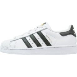 Adidas Originals SUPERSTAR FOUNDATION Tenisówki i Trampki white/core black. Białe tenisówki męskie marki adidas Originals, z materiału. Za 249,00 zł.