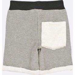 Name it - Szorty dziecięce 110-158 cm. Szare spodenki dziewczęce Name it, z bawełny, casualowe. W wyprzedaży za 49,90 zł.