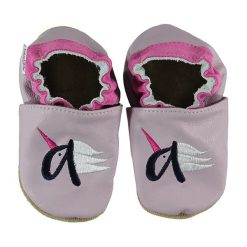Buciki niemowlęce chłopięce: Skórzane buty niemowlęce w kolorze jasnoróżowym