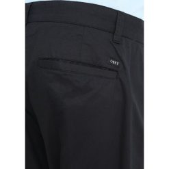 Chinosy męskie: Obey Clothing STRAGGLER LIGHT FLOODED Chinosy black