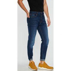 Review - Jeansy. Niebieskie jeansy męskie z dziurami Review. Za 179,90 zł.