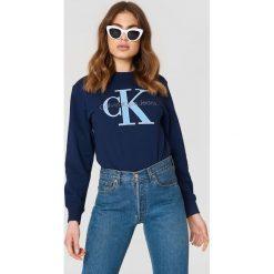 Bluzy damskie: Calvin Klein Bluza Honora True Icon – Navy