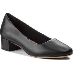 Półbuty CLARKS - Orabella Alice 261349614 Black Leather 030. Czarne creepersy damskie Clarks, z materiału, na płaskiej podeszwie. Za 399,00 zł.