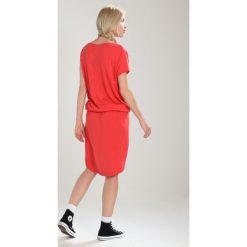 Sukienki hiszpanki: super.natural COMFORT DRESS Sukienka sportowa clove red