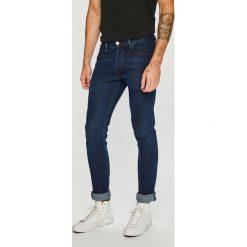 Diesel - Jeansy. Niebieskie jeansy męskie regular Diesel, z bawełny. Za 729,90 zł.