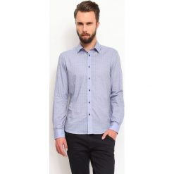 KOSZULA DŁUGI RĘKAW MĘSKA. Szare koszule męskie marki Top Secret, w ażurowe wzory. Za 59,99 zł.