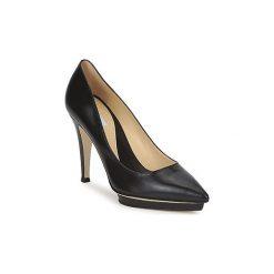 Czółenka Moschino  CLASSIC HEART. Czarne buty ślubne damskie MOSCHINO. Za 1553,30 zł.