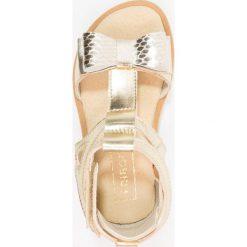 Friboo Sandały gold. Czerwone sandały chłopięce marki Friboo, z materiału. Za 169,00 zł.