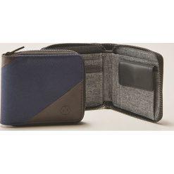 Materiałowy portfel - Granatowy. Czarne portfele męskie marki Nobo, z materiału, małe. W wyprzedaży za 25,99 zł.