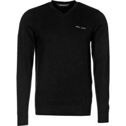 Swetry klasyczne męskie: Teddy Smith PULSER Sweter noir
