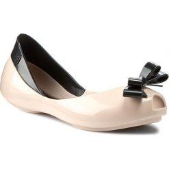 Baleriny MELISSA - Mel Queen Inf 31730 Pink/Black 51647. Czerwone baleriny damskie Melissa, z tworzywa sztucznego. W wyprzedaży za 189,00 zł.