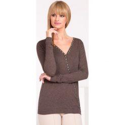 Swetry klasyczne damskie: Sweter z dżetami