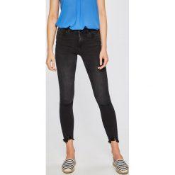 Noisy May - Jeansy Lucy. Szare jeansy damskie marki Noisy May. W wyprzedaży za 99,90 zł.