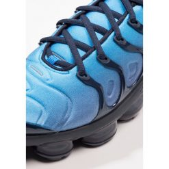 Tenisówki męskie: Nike Sportswear AIR VAPORMAX PLUS Tenisówki i Trampki obsidian/photo blue/black