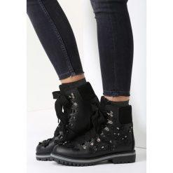 Czarne Traperki In My Secret Room. Czarne buty zimowe damskie vices. Za 64,99 zł.