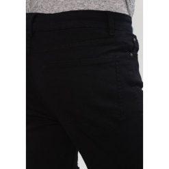 New Look Jeans Skinny Fit black. Czarne jeansy męskie marki New Look, z materiału, na obcasie. Za 189,00 zł.