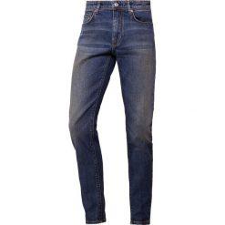 J.LINDEBERG DAMIEN BOWL Jeans Skinny Fit mid blue. Niebieskie rurki męskie J.LINDEBERG, z bawełny. Za 569,00 zł.