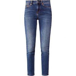 DRYKORN PULL Jeans Skinny Fit 33. Niebieskie boyfriendy damskie DRYKORN, z bawełny. Za 629,00 zł.