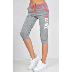 Spodnie dresowe damskie: Dresowe bermudy z nadrukiem dance