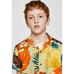 Mango Kids - Koszula dziecięca Maui 110-164 cm. Szare koszule chłopięce z krótkim rękawem Mango Kids, z tkaniny, z klasycznym kołnierzykiem. W wyprzedaży za 39,90 zł.