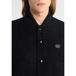 Obey Clothing SOTO VARSITY  Kurtka Bomber black. Czarne kurtki męskie bomber Obey Clothing, m, z materiału. W wyprzedaży za 341,55 zł.