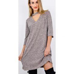 Sukienki: Miękka sukienka z dekoltem V