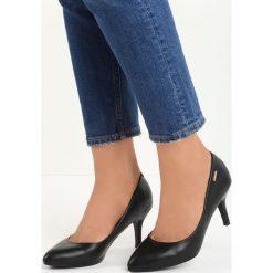 Czarne Czółenka Craven. Czarne buty ślubne damskie marki Born2be, na niskim obcasie, na stożku. Za 69,99 zł.
