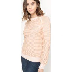 Kardigany damskie: Sweter w paski z guzikami na pachach