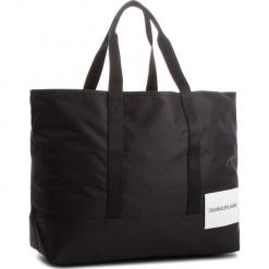 Torebka CALVIN KLEIN JEANS - Sport Essential Carr K40K400379  001. Czarne torebki klasyczne damskie Calvin Klein Jeans, z jeansu, duże. W wyprzedaży za 349,00 zł.