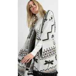 Kardigany damskie: Ponczo - narzutka z folkowym wzorem