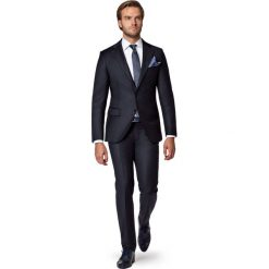 Garnitur Czarny Nobilis. Czarne garnitury marki LANCERTO, z bawełny. W wyprzedaży za 799,90 zł.