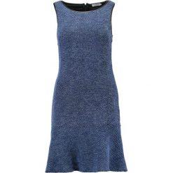 Sukienki dzianinowe: J.LINDEBERG CISSI Sukienka dzianinowa blue