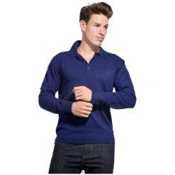 William De Faye Sweter Męski L Ciemny Niebieski. Niebieskie swetry klasyczne męskie William de Faye, l, z kaszmiru, z klasycznym kołnierzykiem. W wyprzedaży za 215,00 zł.