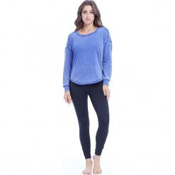 """Sweter """"Leanne"""" w kolorze niebieskim. Niebieskie swetry klasyczne damskie BALANCE COLLECTION, s, z bawełny, z okrągłym kołnierzem. W wyprzedaży za 65,95 zł."""