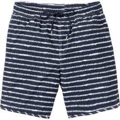 Długie szorty plażowe w paski bonprix ciemnoniebieski w paski. Niebieskie bermudy męskie bonprix, w paski. Za 74,99 zł.
