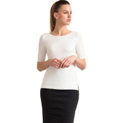 """Swetry klasyczne damskie: Sweter """"Triksa"""" w kolorze białym"""
