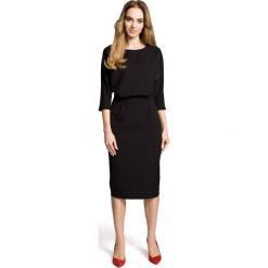 Czarna Sukienka Wizytowa Midi z Kimonowym Rękawem 3/4. Czarne sukienki koktajlowe Molly.pl, do pracy, l, w jednolite wzory, ze skóry, midi, dopasowane. Za 134,90 zł.