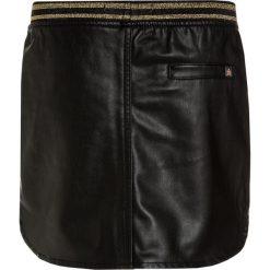 Retour Jeans SHIRLY Spódnica mini black. Czarne minispódniczki marki Retour Jeans, z bawełny. W wyprzedaży za 186,75 zł.