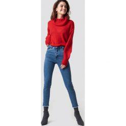 NA-KD Jeansy z wysokim stanem - Blue. Niebieskie spodnie z wysokim stanem NA-KD, z jeansu. Za 161,95 zł.