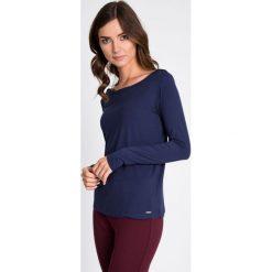 Bluzki asymetryczne: Granatowa bluzka basic z długim rękawem QUIOSQUE