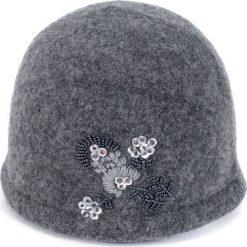 Czapka damska  wełniana Elegancja flory szara. Szare czapki zimowe damskie Art of Polo, z wełny. Za 72,24 zł.