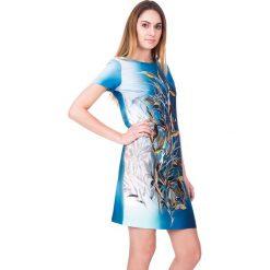 Sukienki balowe: Nowoczesna sukienka z krótkim rękawem BIALCON
