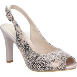 Beżowe sandały na słupku w kwiaty mozaika Sergio Leone CZ578-10X. Czarne sandały damskie na słupku marki Sergio Leone. Za 98,99 zł.