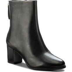 Botki VAGABOND - Lottie 4421-001-20 Black. Czarne buty zimowe damskie Vagabond, z materiału. W wyprzedaży za 349,00 zł.