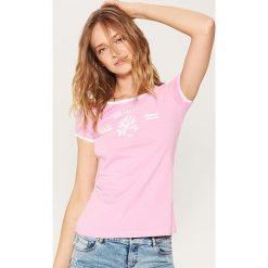 T-shirty męskie z nadrukiem: T-shirt z nadrukiem – Różowy