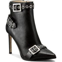Botki DIESEL - D-Strap Ha Y01566 P1409 T8013 Black. Czarne buty zimowe damskie Diesel, ze skóry, na obcasie. W wyprzedaży za 679,00 zł.