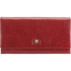 Portfel 22-1-052-3. Czerwone portfele damskie Wittchen, z materiału. Za 239,00 zł.